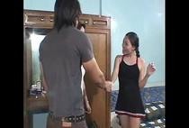 น้องสาวที่รัก หนังxxxไทยไอ้หนุ่มผมยาวหุ่นล่ำกลับจากกินเหล้าเกิดอารมย์เงี่ยนจับน้องสาวเย็ดซะงั้น 18+