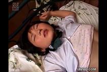 หนังxxx พี่ทนไม่ไหวแล้ว ไม่รู้ไปหื่นมาจากไหนนอนอยู่ปลุกไม่ยอมตื่นจับลักหลับคาชุดซะเลย